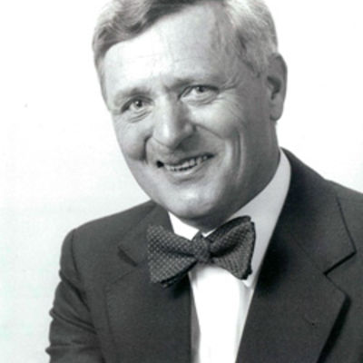 Dr. Manfred Bruhn (17. Mai 1930 - 31. August 2012)